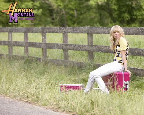 hannah_montana_the_movie01.jpg